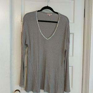Juicy couture extra large v-neck grey sparkle top
